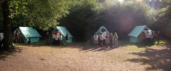 cubcamp2006_tents.jpg
