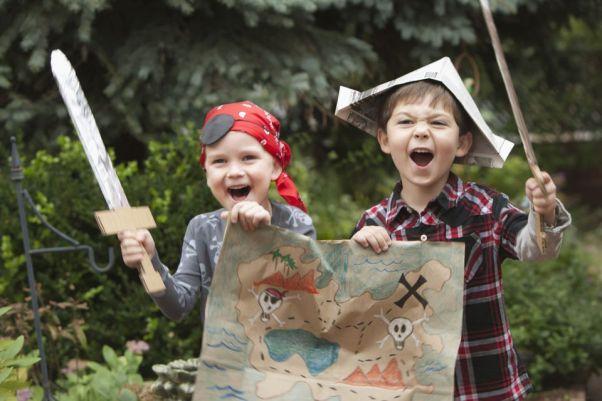 kids as pirates