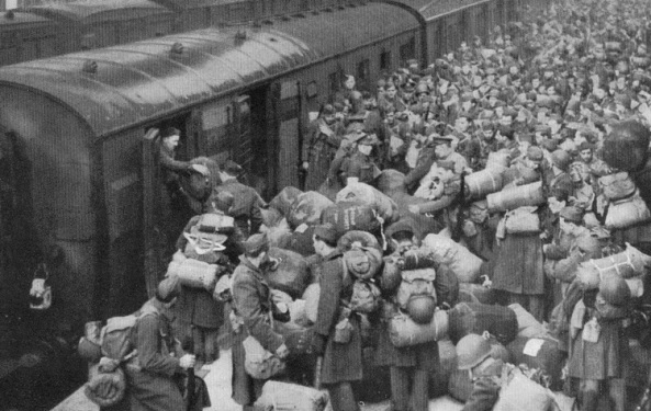 2-Troop-movements-by-train-Phil-Marsh-collection